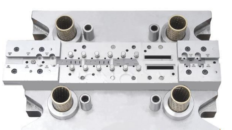 Mold for M8 contact terminal